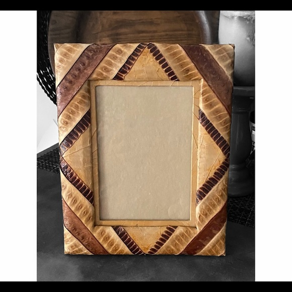 ❌SOLD❌   Faux Snakeskin 5x7 Photo Frame